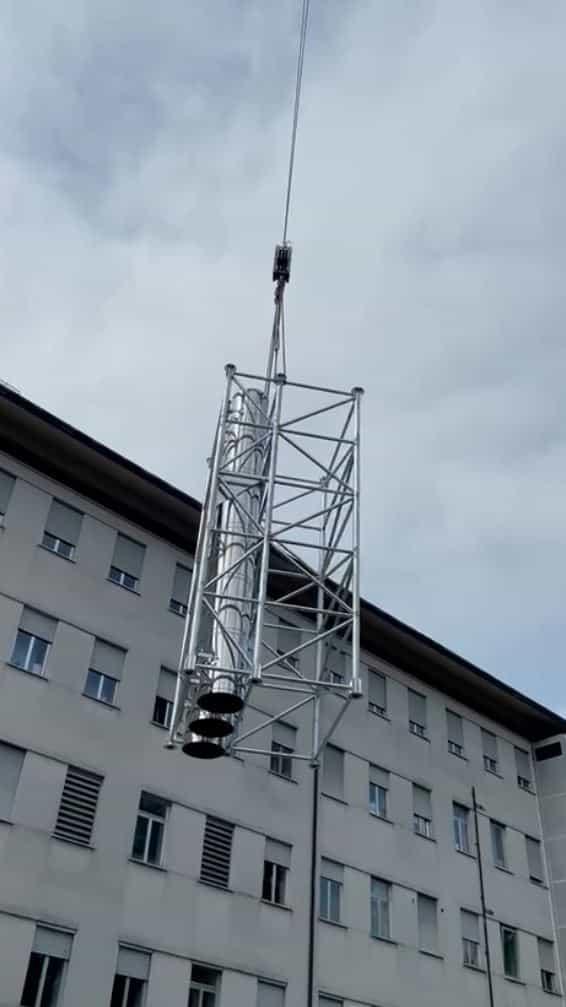 Canne fumarie da 25 metri con traliccio per l'ospedale di Arzignano